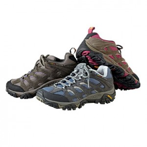 TravelSmith Moab womens ventilated hiking shoes 11485_main