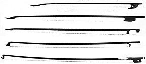 """Bows compared in profile. 1) French dance bow, ca.1700. 2) baroque """"sonata"""" bow with duck-bill tip. 3) baroque """"sonata"""" bow with pike's head tip. 4) transitional bow. 5) Tourte bow."""
