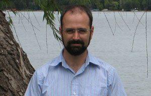 Assistant professor Jesse Berezovsky