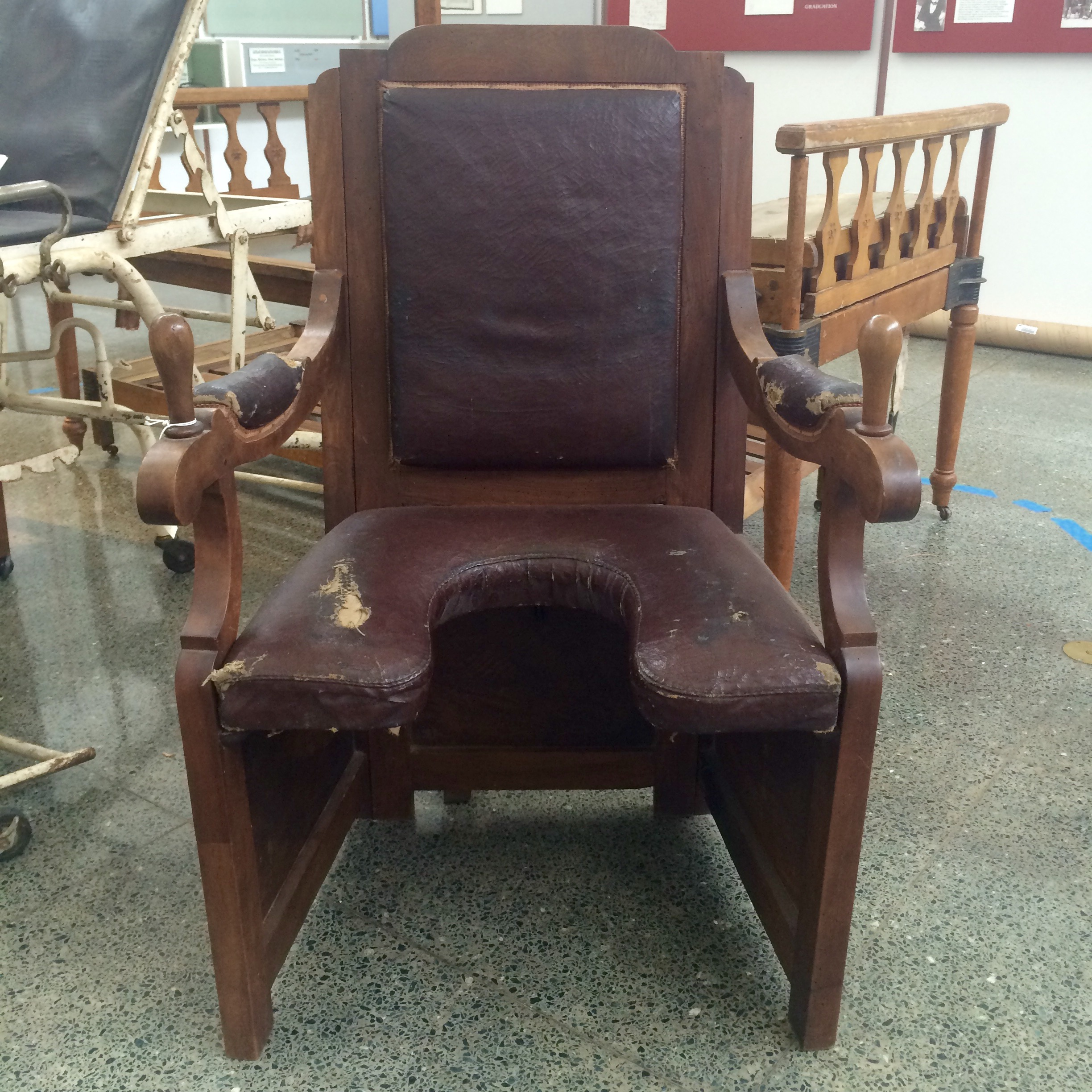 Rediscovering The Birthing Chair Delivering Life While Sitting Up